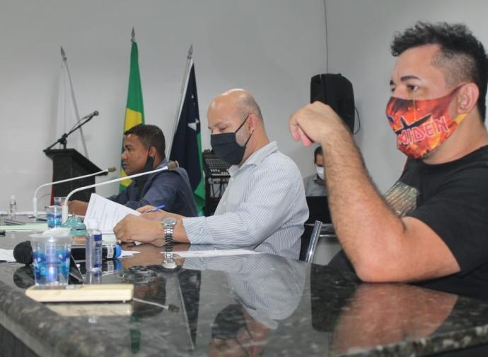 Câmara Municipal de Almenara realiza sua quarta Reunião Ordinária do ano com importantes assuntos na Ordem do Dia